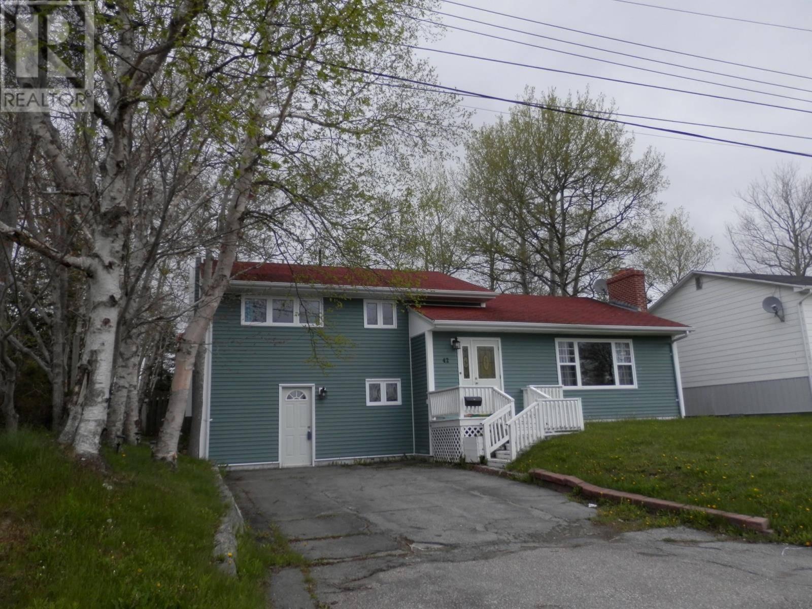 House for sale at 42 Macdonald Dr Gander Newfoundland - MLS: 1198679