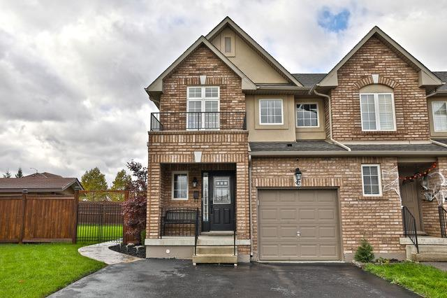 House for sale at 42 Meadow Wood Crescent Hamilton Ontario - MLS: X4291957