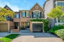 For Sale: 42 Nelson Street, Oakville, ON | 3 Bed, 3 Bath Townhouse for $1100000.00. See 37 photos!