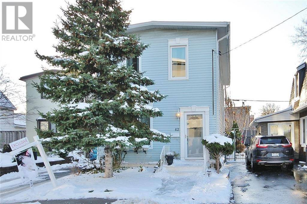 House for sale at 42 Pinhey St Ottawa Ontario - MLS: 1177348