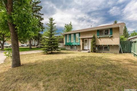 House for sale at 42 Plant Cres Regina Saskatchewan - MLS: SK777084