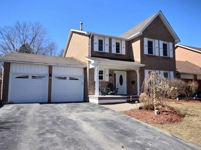 For Sale: 42 Quaker Village Drive, Uxbridge, ON | 4 Bed, 5 Bath House for $799900.00. See 1 photos!