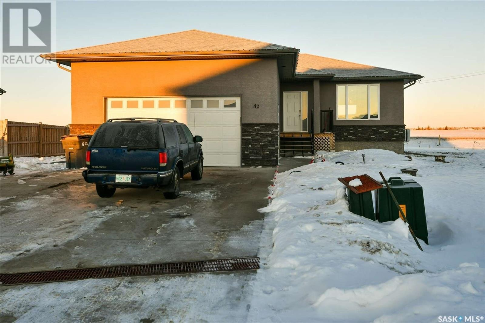 House for sale at 42 Stardust By White City Saskatchewan - MLS: SK838057