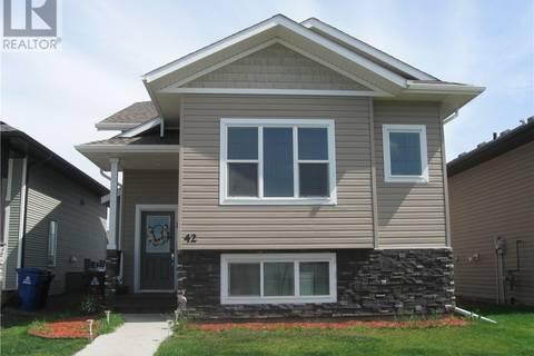 House for sale at 42 Valmont St Blackfalds Alberta - MLS: ca0172671
