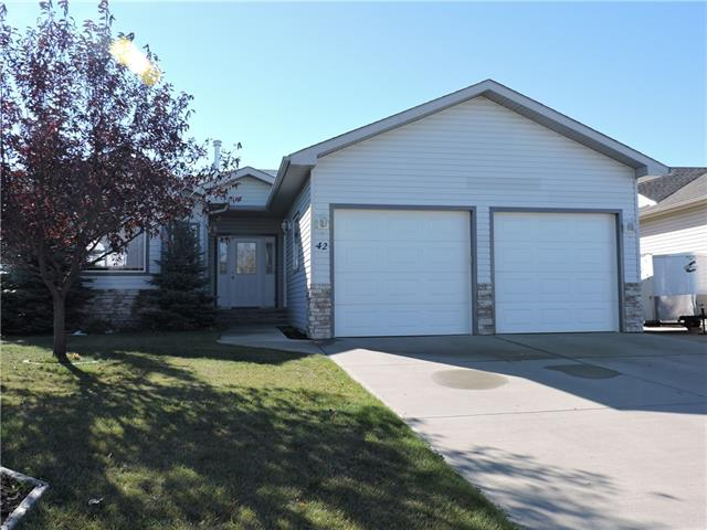 For Sale: 42 Westpoint Drive, Didsbury, AB | 3 Bed, 3 Bath House for $350,000. See 39 photos!