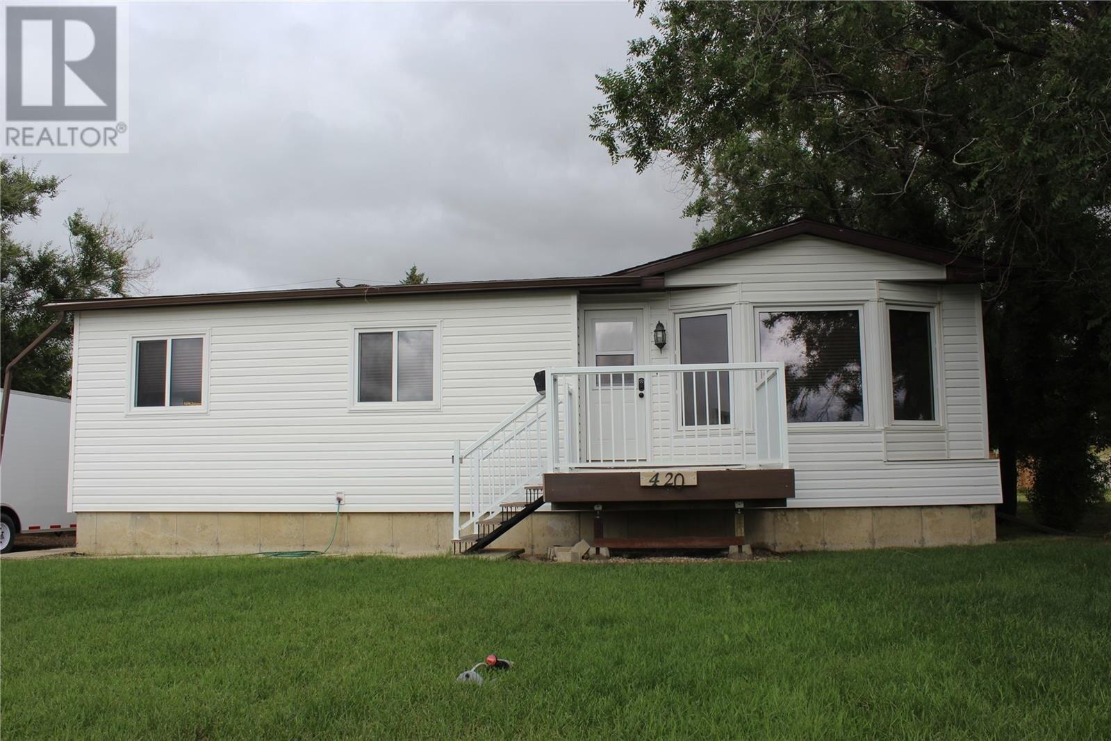 Residential property for sale at 420 5th St W Shaunavon Saskatchewan - MLS: SK821284