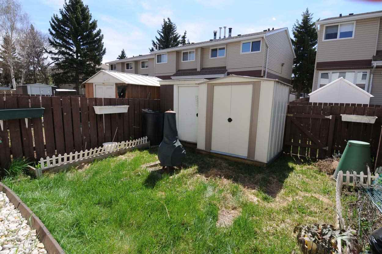 For Sale: 420 Clareview Road Nw, Edmonton, AB | 3 Bed, 1 Bath Condo for $176,500. See 28 photos!