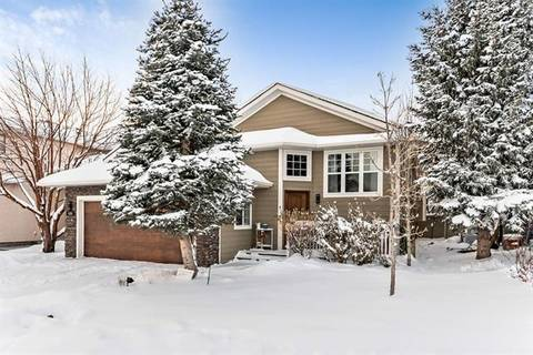 House for sale at 420 Sandstone Pl Okotoks Alberta - MLS: C4278022