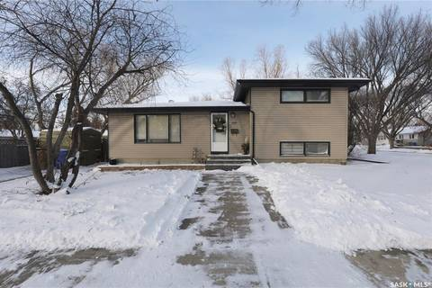 House for sale at 4200 Argyle St Regina Saskatchewan - MLS: SK797368