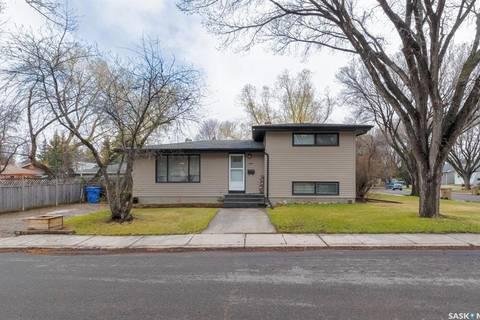House for sale at 4200 Argyle St Regina Saskatchewan - MLS: SK806674
