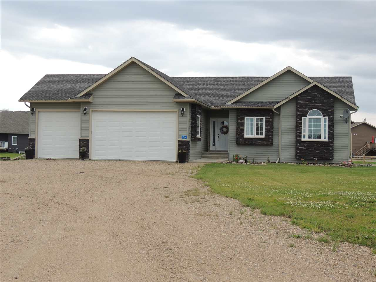 For Sale: 42011 Rr624 , Rural Bonnyville Md, AB | 4 Bed, 2 Bath House for $519,900. See 27 photos!