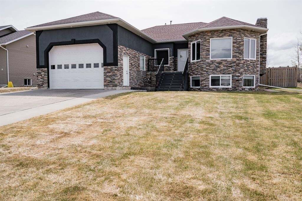 House for sale at 4202 53 Ave Valleyview Alberta - MLS: A1000867