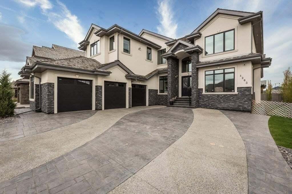 House for sale at 4203 Westcliff Co SW Edmonton Alberta - MLS: E4197864