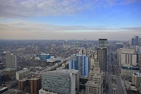 Apartment for rent at 180 University Ave Unit 4206 Toronto Ontario - MLS: C4349161