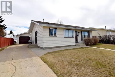 House for sale at 4207 73 St Camrose Alberta - MLS: ca0169616