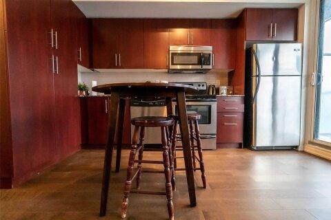 Condo for sale at 55 Bremner Blvd Unit 4209 Toronto Ontario - MLS: C4961241