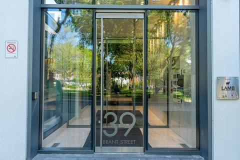 Condo for sale at 39 Brant St Unit 421 Toronto Ontario - MLS: C4482029