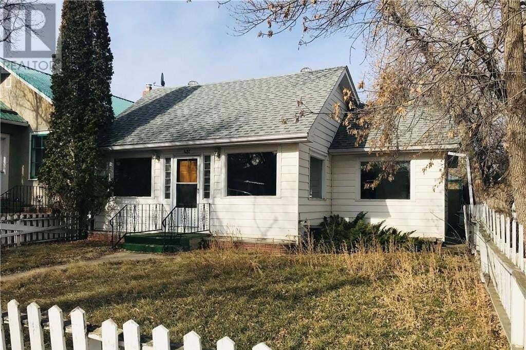 House for sale at 421 4 St East Drumheller Alberta - MLS: SC0162531