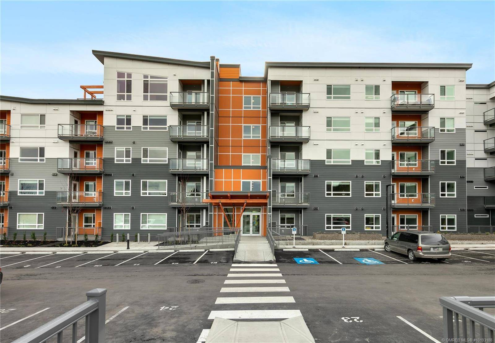 Condo for sale at 722 Valley Rd Unit 421 Kelowna British Columbia - MLS: 10193188
