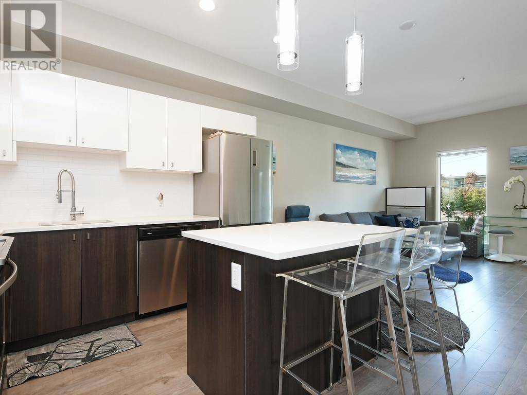 Condo for sale at 767 Tyee Rd Unit 421 Victoria British Columbia - MLS: 414517