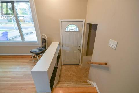 House for sale at 4211 Garnet St Regina Saskatchewan - MLS: SK748738