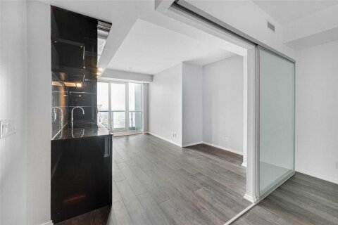 Apartment for rent at 70 Temperance St Unit 4214 Toronto Ontario - MLS: C5003513