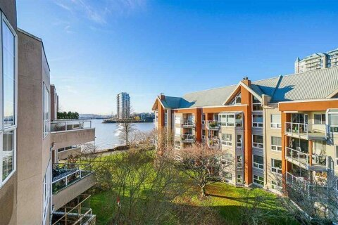 Condo for sale at 1150 Quayside Dr Unit 422 New Westminster British Columbia - MLS: R2469250