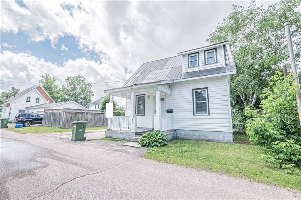 House for sale at 422 Koss Ln Pembroke Ontario - MLS: 1137256