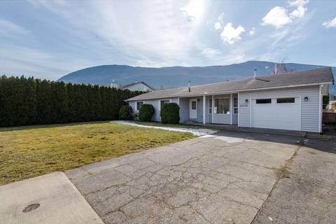 House for sale at 42208 Corona Ave Yarrow British Columbia - MLS: R2349376