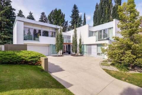 House for sale at 4224 Britannia Dr SW Calgary Alberta - MLS: C4290119