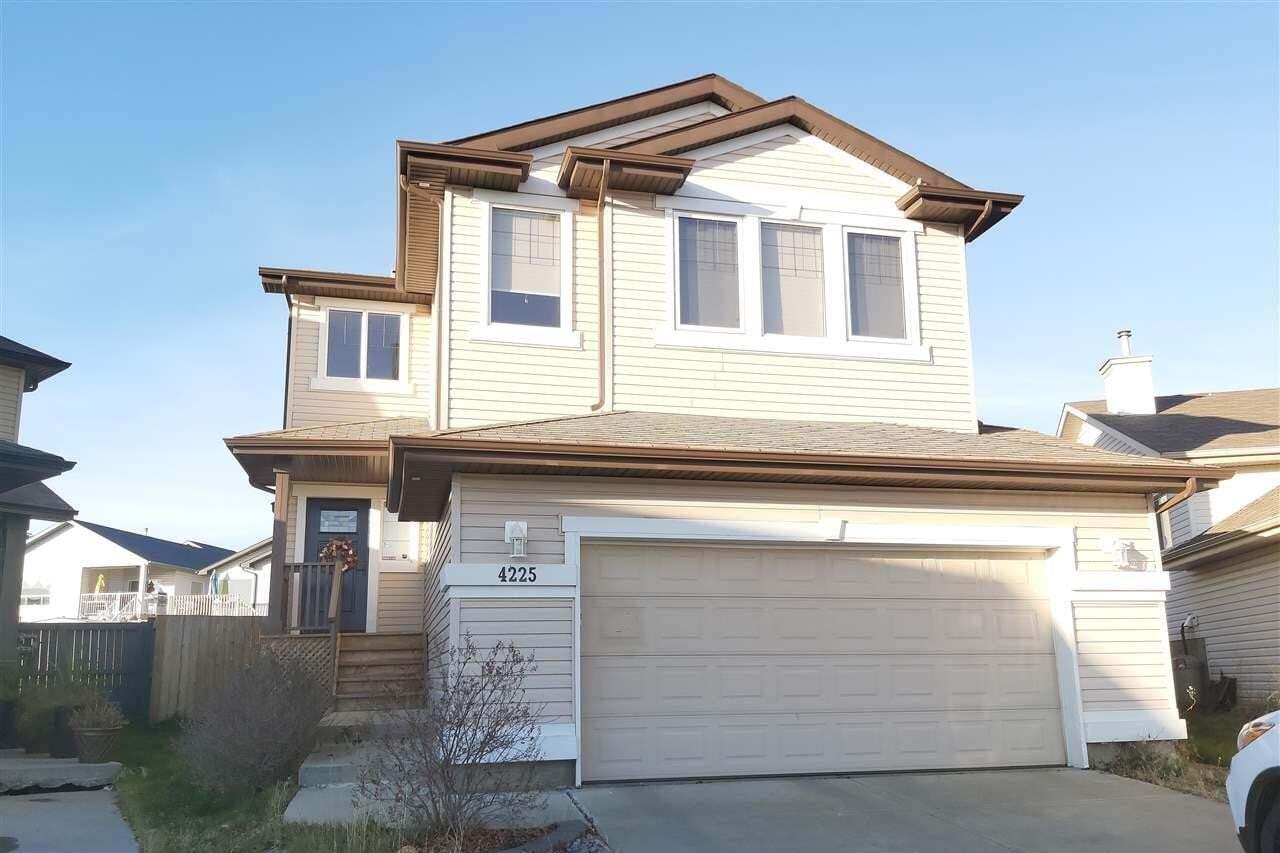 House for sale at 4225 156a Av NW Edmonton Alberta - MLS: E4193461