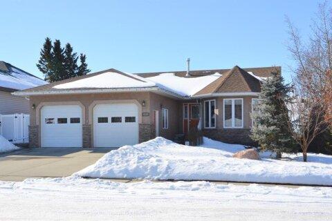 House for sale at 4228 41 Street Close Ponoka Alberta - MLS: CA0190095