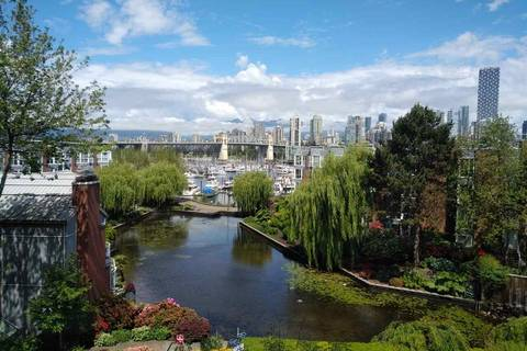 Condo for sale at 1515 2nd Ave W Unit 423 Vancouver British Columbia - MLS: R2373351