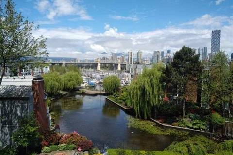 Condo for sale at 1515 2nd Ave W Unit 423 Vancouver British Columbia - MLS: R2412370