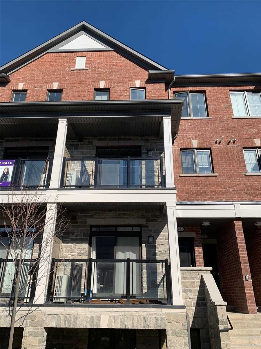 For Sale: 423 - 201 Pine Grove Road, Vaughan, ON | 2 Bed, 3 Bath Townhouse for $729000.00. See 11 photos!