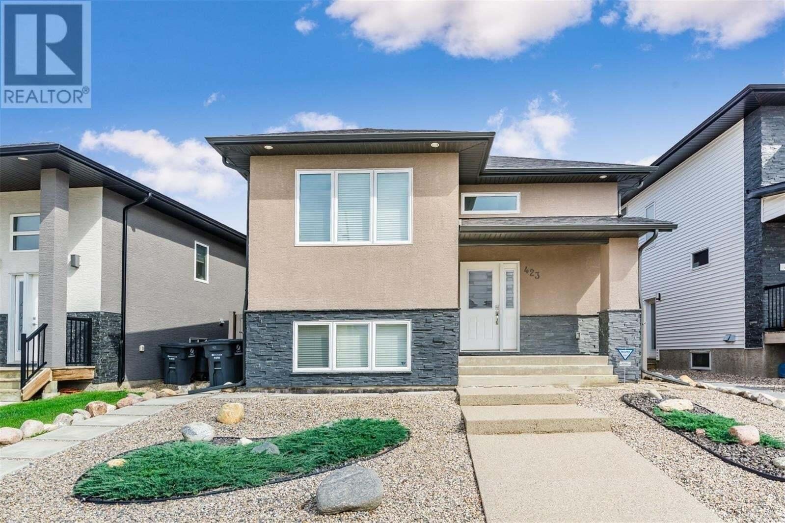 House for sale at 423 Evergreen Blvd Saskatoon Saskatchewan - MLS: SK811586