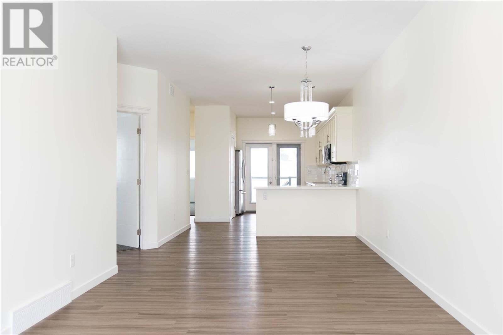 House for sale at 423 Mcarthur Cres Saskatoon Saskatchewan - MLS: SK810309