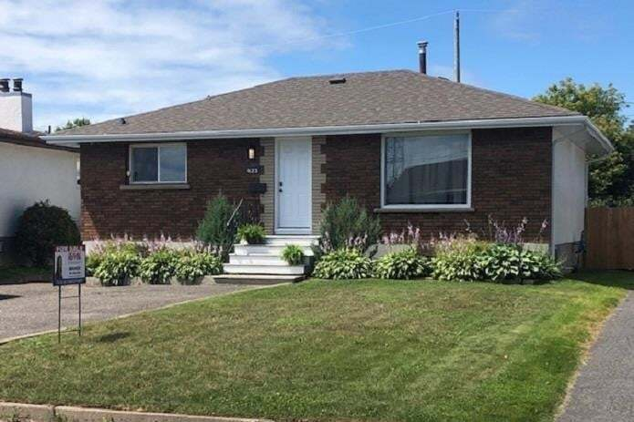 House for sale at 423 Westview Pl Thunder Bay Ontario - MLS: TB201731