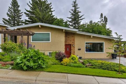 House for sale at 4236 Chippewa Rd Northwest Calgary Alberta - MLS: C4257427