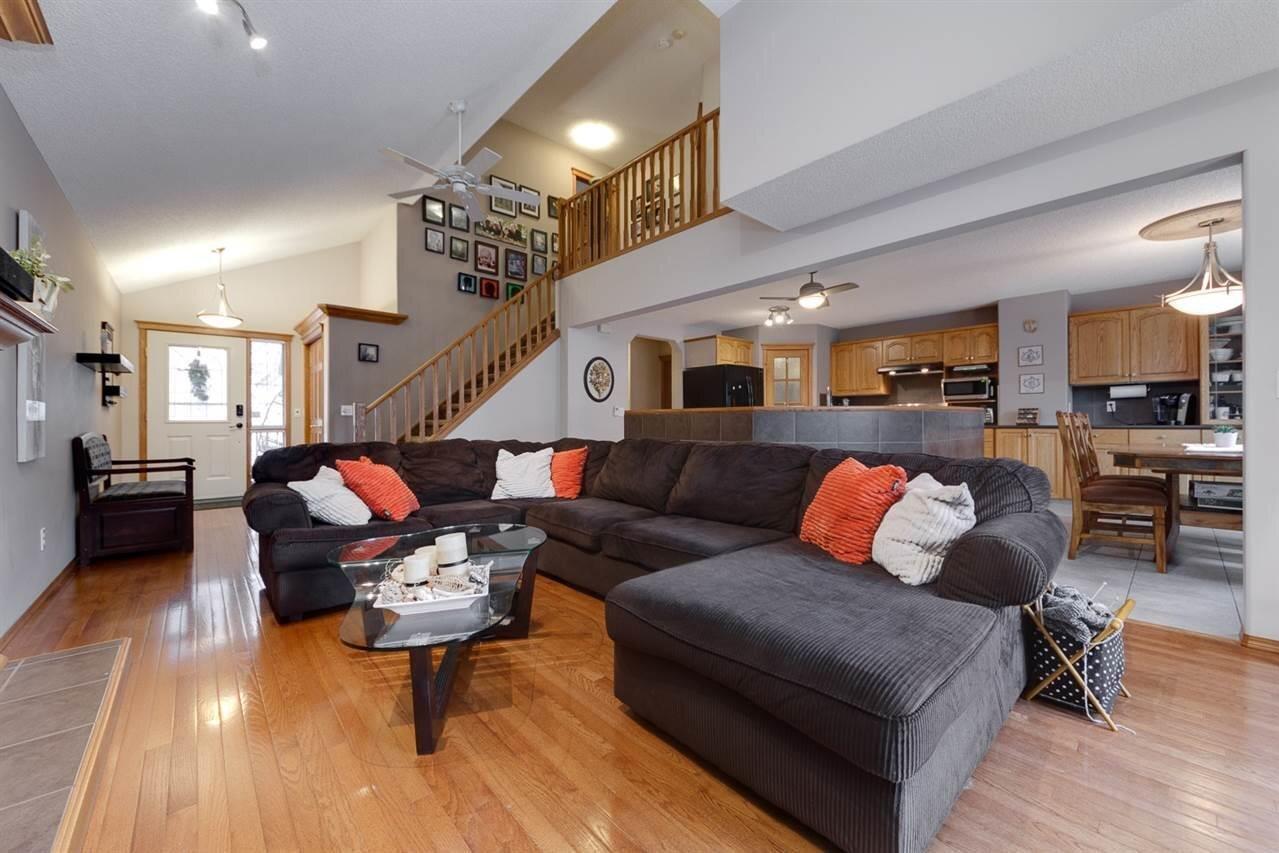 House for sale at 4237 37b Av NW Edmonton Alberta - MLS: E4219206