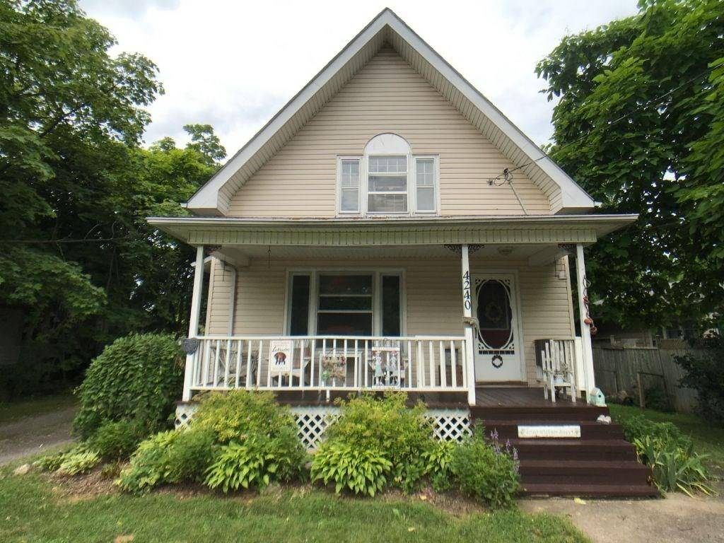 4240 William Street, Beamsville | Image 1