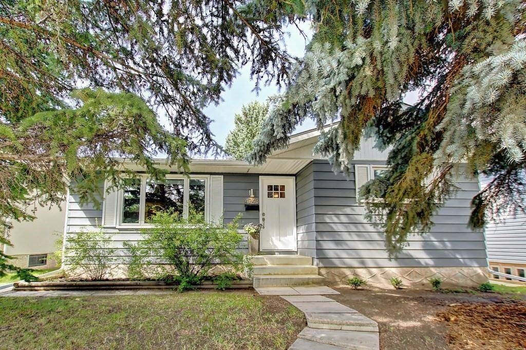 House for sale at 4243 45 St Sw Glamorgan, Calgary Alberta - MLS: C4264284