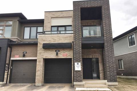 Townhouse for rent at 425 Athabasca Common  Oakville Ontario - MLS: W4455871