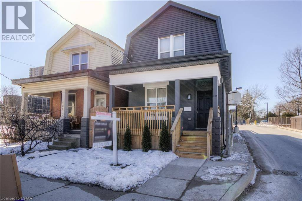 House for sale at 425 English St London Ontario - MLS: 246181