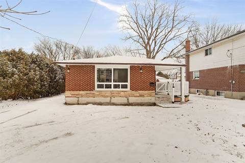 House for sale at 425 Perry St Whitby Ontario - MLS: E4686947