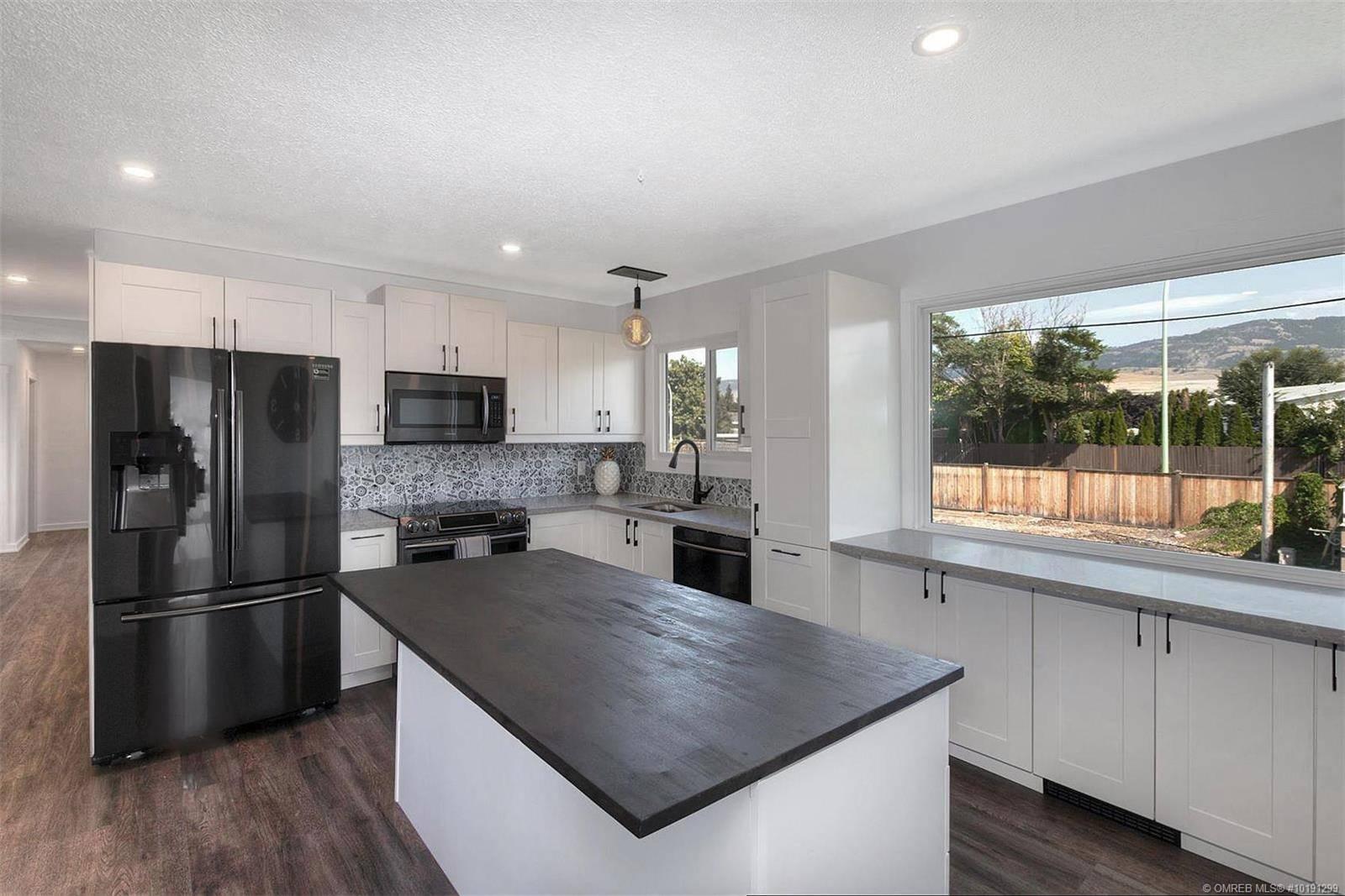 House for sale at 425 Vista Rd Kelowna British Columbia - MLS: 10191299