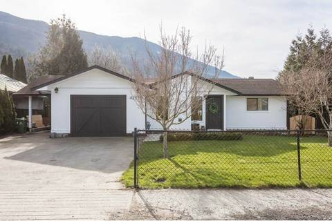 House for sale at 42570 Yarrow Central Rd Yarrow British Columbia - MLS: R2438628