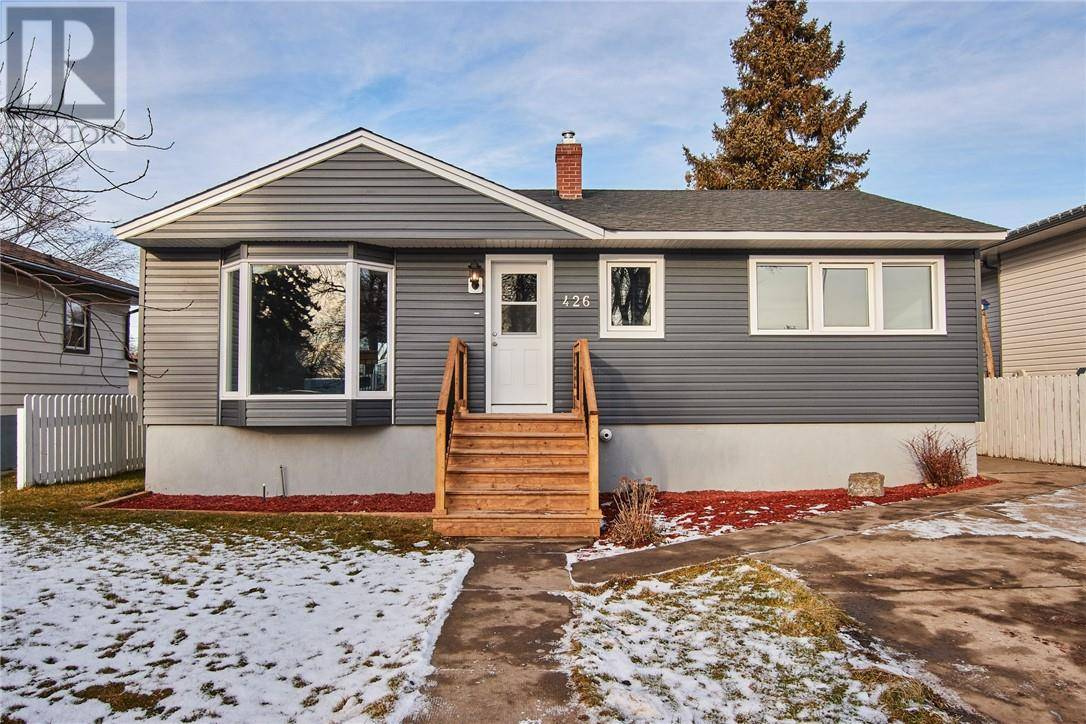 House for sale at 426 11 St Sw Medicine Hat Alberta - MLS: mh0184559