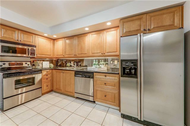 For Sale: 426 - 3600 Yonge Street, Toronto, ON   1 Bed, 2 Bath Condo for $798,000. See 20 photos!