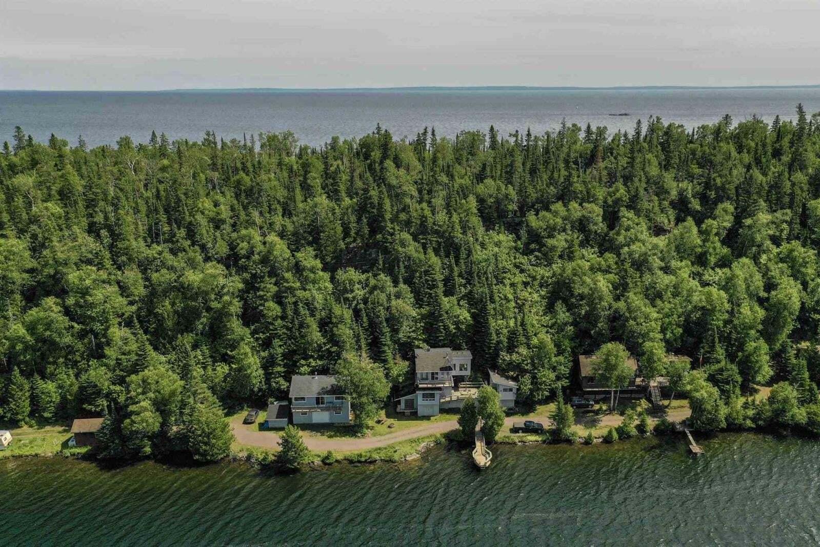 Residential property for sale at 426 400 Rd Shuniah Ontario - MLS: TB201225